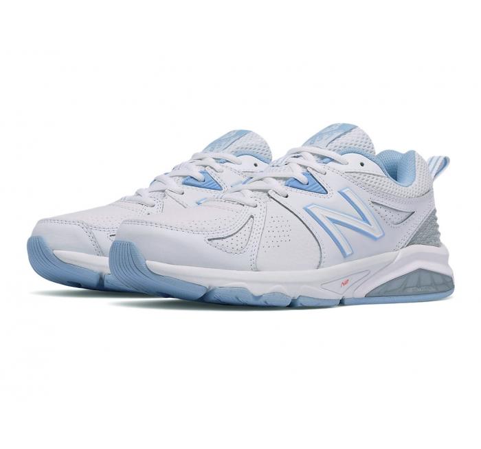 Women's New Balance Cross Trainer White Blue Size 9 B 3E